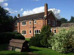 Metfield Old Vicarage - Bed and Breakfast