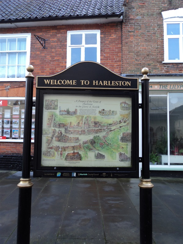 Welcome to Harleston sign, Union Street, Harleston