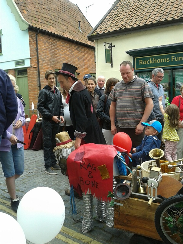 The Rag and Bone Man visits Harleston Antiques Fair